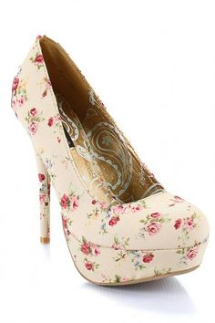Love this Victorian floral print :) Love these heels.