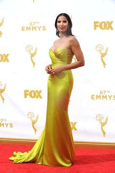 Stars Walk the 2105 Emmys Red Carpet [Photos] | WWD