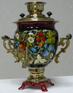 "Samovar since its introduction in the XVIII century, has taken a special place among copper household products, quickly became one of the original Russian decorative art, ornament doma.Na during the XIX and XX centuries samovar became a central article of tea, which is a long time - part of the national cultural tradition in Russia. Russian ""tea machine"" called a samovar in Western Europe. Consequently, amplifies the acoustics, he has an amazing ability to make sounds, just point to the…"