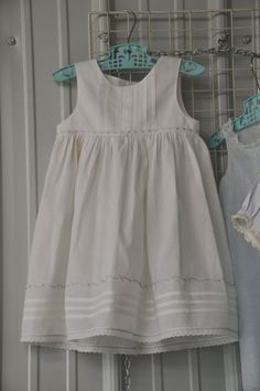 The Old Fashioned Baby Sewing Room: Cute Dress