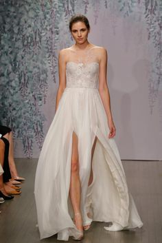 Monique Lhullier Fall 2016 Bridal Collection