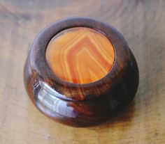 Vintage Rosewood And Agate Ring Box Vintage Gold Tone Agate Ring, Clear Resin, Wood Boxes, Trinket Boxes, Jewelry Box, My Etsy Shop, Orange, Check, Gold