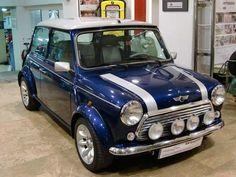 14 Best Mini Images Cars Antique Cars Classic Mini