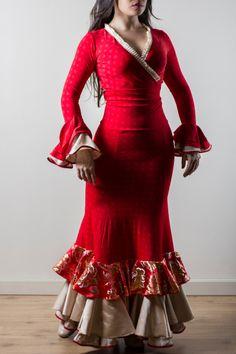 Moda Flamenca. Traje bailaora ,Linea Vanguardia. By La Tate Flamenco.