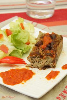 Pour une entrée fraîche, toute en couleur et en saveur ou bien un repas léger, en l'agrémentant d'une salade et accompagné de semoule de couscous, le pain d'aubergine est parfait.…