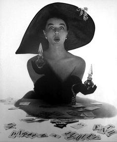 Parfum de Jacques Fath - Vogue Paris, 1951.