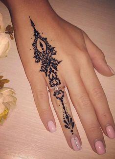 Mehndi Design Offline is an app which will give you more than 300 mehndi designs. - Mehndi Designs and Styles - Henna Designs Hand Simple Henna Tattoo, Henna Tattoo Hand, Henna Art, Henna On Hand, Henna Mandala, Arabic Henna, Mandala Tattoo, Mehndi Tattoo Hand, Cool Henna Tattoos