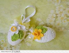 Wielkanoc - Kraina Splotów... Wyobraźni Crochet Decoration, Crochet Home Decor, Crochet Crafts, Crochet Doilies, Crochet Flowers, Crochet Toys, Crochet Projects, Crochet Baby Poncho, Easter Crochet Patterns