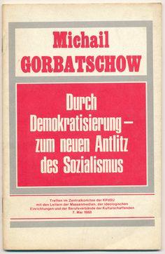 """DDR Museum - Museum: Objektdatenbank - """"Gorbatschow Broschüre"""" Copyright: DDR Museum, Berlin. Eine kommerzielle Nutzung des Bildes ist nicht erlaubt, but feel free to repin it!"""