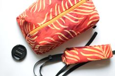 Canon Nikon Camera case + Сamera strap set DSLR Padded bag for Women Shoulder/neck/crossbody pouch insert Zip purse Handmade gift for her by TakeCraftsOut on Etsy Dslr Camera Straps, Camera Case, Padded Bag, Camera Bag Backpack, Knitting Needle Case, Handmade Gifts For Her, Cotton Pads, Nikon, Pouch