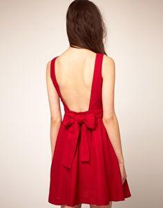 Vestido de baile con lazo en la espalda de Boutique By Jaeger