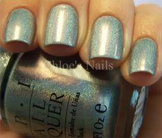 Teal glitter #Nails Nail Art www.finditforweddings.com