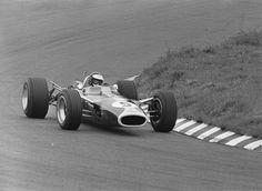 #5 Jim Clark (GB) - Lotus 49 (Ford Cosworth V8) 1 (8) Team Lotus