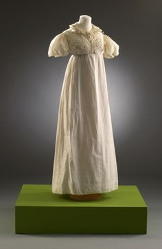 Cream Dress with Puff Sleeves; Embroidered Cotton. English, 1808-1812.