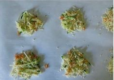 Parmesan Crisps baked with zucchini and carrot shreds will wow the crowd! Easy 3 ingredient recipe that takes minutes to make. Atkins Recipes, Low Carb Recipes, New Recipes, Favorite Recipes, Healthy Recipes, Parmesan Cheese Crisps, Zucchini Crisps, Easy Baking Recipes, Cooking Recipes
