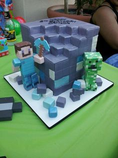 Minecraft cake!! alternative colour