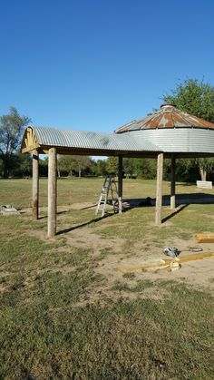 Grain bin binzebo gazebo with wings