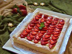 Mercè a la Cuina: PASTA DE FULL amb maduixes i crema pastissera