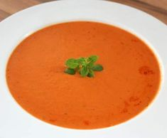 Rezept Schnelle Cremige Tomaten-Kokossuppe von LuJePa - Rezept der Kategorie Suppen