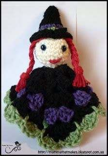 Mamma That Makes: Witch