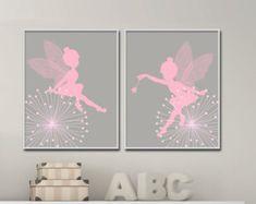 Hadas infantiles arte imprimir Baby niña. rosa y gris por HopAndPop