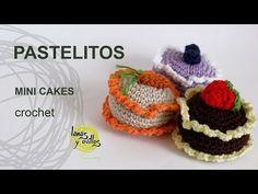 Tutorial Pastelitos Crochet o Ganchillo Mini Cakes (English Subtitles) - YouTube •✿•Teresa Restegui http://www.pinterest.com/teretegui/•✿•
