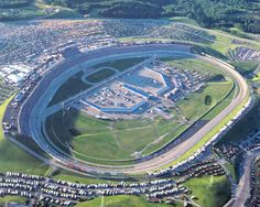 Another awesome view of Kentucky Speedway // MeetBall is the perfect way to navigate the track and Nascar Race Tracks, Nascar Race Cars, Nascar Sprint Cup, My Old Kentucky Home, Motor Speedway, Thing 1, Cincinnati, Ohio, Places