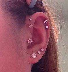 Pretty Ear Piercings, Face Piercings, Tragus Piercings, Piercing Tattoo, Stylish Jewelry, Cute Jewelry, Belly Button Piercing Jewelry, Forward Helix, Nail Jewelry