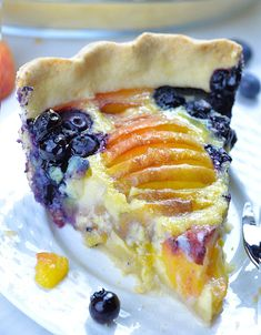 Impossible Peach Blueberry Pie Impossible Peach Blueberry Pie-homemade buttery pie crust filled with creamy vanilla custard, fresh blueberries and sweet and juicy peaches, topped with whipped cream is perfect summer treat. Peach Blueberry Pie, Blueberry Recipes, Blueberry Custard Pie, Peach Custard Pies, Vanilla Custard, Pie Dessert, Dessert Recipes, Dessert Ideas, Cheesecakes