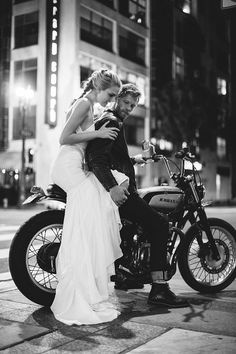 Um yes please! To the dress and the bike. See more incredible dresses from @katiemayla this way.