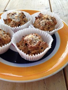 Havermout muffins met abrikoos. - http://www.mytaste.nl/r/havermout-muffins-met-abrikoos-6125096.html