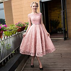 Cocktail Party Dress A-line Scoop Tea-length Lace / Tulle with Beading / Bow(s) / Lace / Pearl Detailing / Sequins – USD $ 89.99