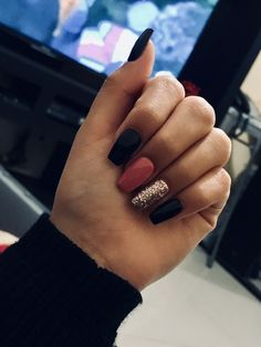 Nagel gel 40 fall nails Wedding Ceremony Music Music is an essential part of our daily lives, and it Fall Acrylic Nails, Autumn Nails, Black Gel Nails, Winter Nails, Black Nail Designs, Fall Nail Designs, Aycrlic Nails, Fun Nails, Coffin Nails