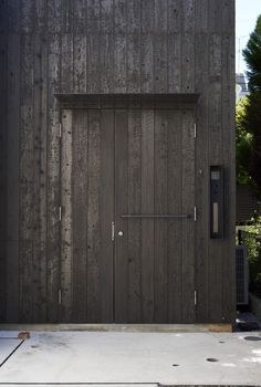 """Futakoshinchi House featuring """"shou sugi ban"""" or """"yakisugi"""" or burnt wood siding. Insects cannot damage wood that has been treated in such a manner. Exterior Cladding, Wood Siding, Timber Cladding, Japanese Home Decor, Japanese House, Architecture Details, Interior Architecture, Charred Wood, House Siding"""