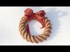НОВОГОДНИЙ ВЕНОК. Спиральное плетение из газетных трубочек - YouTube Boxwood Wreath, Diy Wreath, Wreaths, Newspaper Basket, Newspaper Crafts, Diy Christmas Ornaments, Christmas Decorations, Diy And Crafts, Arts And Crafts