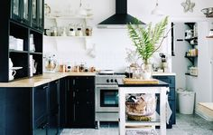 Mona's perfectly organised black and white kitchen in Germany | Take a full look around on #IKEAIDEAS from #IKEAFAMILYMAGAZINE