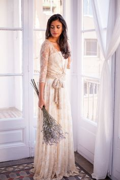 Robe romantique de mariage robe de dentelle ivoire robe par mimetik