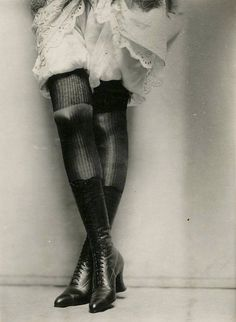 Charles Gates Sheldon :: Ad for Fox shoes, ca. / via gmgallery more [+] by this photographer Ralph Gibson, Fox Shoes, Photo B, Mode Inspiration, Vintage Beauty, Black And White Photography, Pretty Woman, Vintage Photos, 1920s