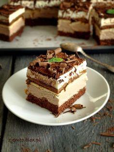 the kubanka cake Polish Desserts, Polish Recipes, Pastry Recipes, Cake Recipes, Kolaci I Torte, How Sweet Eats, Homemade Cakes, Vegan Sweets, Desert Recipes