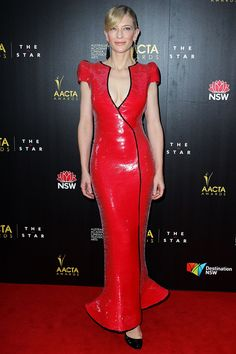 Thanks to a curve-hugging Giorgio Armani Privé gown, all eyes were on the 43-year-old actress at the Australian Academy of Cinema and Television Arts Awards in Sydney
