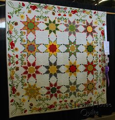 FEATHERED STAR QUILT....................PC