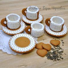 Birthday Cake Writing, Marshmallow, Cookie House, Cookie Packaging, Cookie Designs, Royal Icing, Meringue Cookies, Cookie Decorating, Gingerbread Cookies