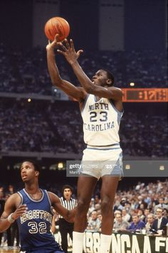 Final Four, North Carolina Michael Jordan in action, making game. Michael Jordan College, Michael Jordan North Carolina, Michael Jordan Photos, Final Four, New Orleans, College Hoops, Unc Tarheels, Nba Wallpapers, Action