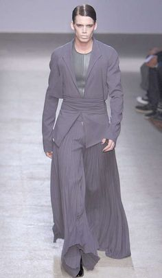 HnaS more actual wearable men's robes! probably Gareth Pugh very stylish Man Skirt