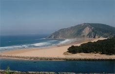 #Playa de Rodiles, en #Asturias - 5 playas para practicar surf - El blog de CasaSpain