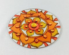 Mandala em espelho de 20 cm de diâmetro.  Técnica vitral