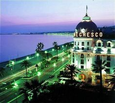 The Negresco Hotel in Nice - Good view of La Promenade des Anglais Oh The Places You'll Go, Great Places, Places To Travel, Beautiful Places, Places To Visit, Amazing Places, Beautiful Hotels, It's Amazing, Nice