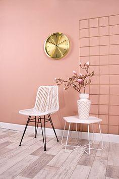Leitmotiv furniture, presenttime