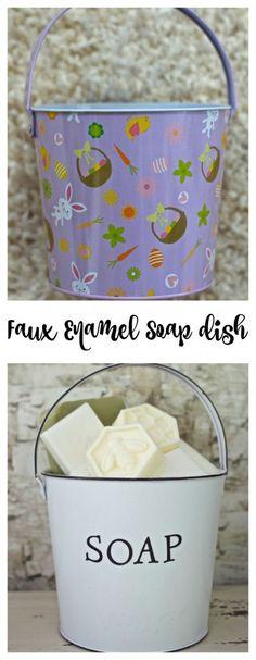 Faux Enamel Soap Dish. How to DIY faux enamel. DIY faux enamelware. DIY soap dish. Spray glossy white paint. Stencil craft.