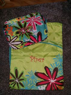 Perfect for sending a little one to daycare/ summer camp for older kids. Cool case thermal and cinch sac